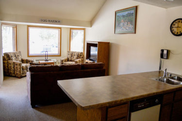 Egg Harbor Admirals Loft Suite at The Landing Resort